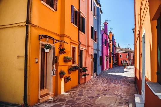 Burano: why you need to visit the most colourful island in Italy.