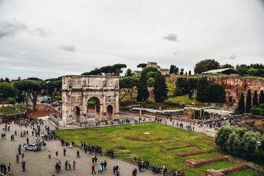 Arch of Constantine is one of the Imperial Rome`s last monuments. This best-preserved monument from ancient Rome definitely deserves your attention.