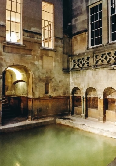 what to do in Bath in UK: The East Bath at the Roman Bath  is another important ttraction in Bath in UK. It is located next to the famous Great Bath. Once this was the women`s quarters of the Roman Baths.
