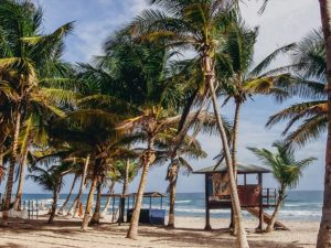 What to do in Isla Margarita Venezuela: a laid-back South American vibe without the glitz and glamour, then the true Venezuela`s secret paradise island awaits you. Margarita island has many beautiful white sandy beaches, crystal clear waters and also stunning nature.
