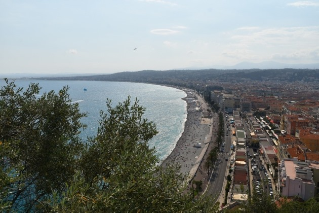 things to do in Nice in France:  Castle hill (Colline du Chateau) is one must-see places in Nice in France because it offers some of the best views of the city. This is the most popular park in Nice overlooking the Bay of Angels.