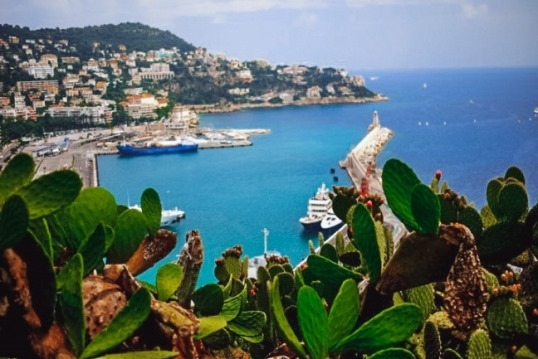 walking in Nice: take a stroll at the Mount Boron