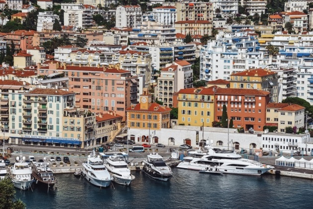 what to see in NIce France: Port Lympia is one of Nice`s most important areas. The key infrastructural hub of Nice is located only a few minutes on foot from the main tourist attractions.