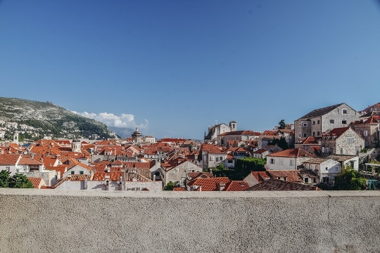 tips for visiting medieval city walls