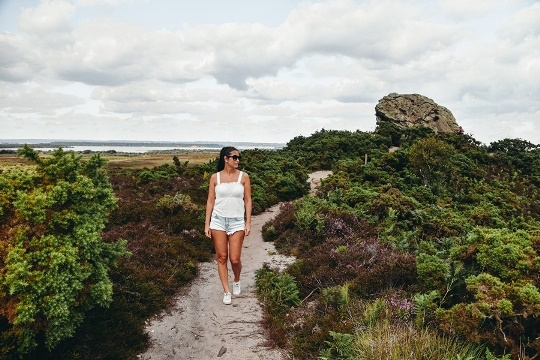 unique things to do in Dorset: A visit to Agglestone Rock is a unique thing to do in Dorset because this massive rock formation is a natural marvel. Some say that the devil threw the rock from the Isle of Wight. The others say it`s the devils bowling ball to knock down Old Harry`s skittles.