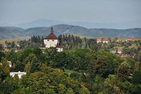 Banska Stiavnica: a visit to New Castle is a popular things to do in Banska Stiavnica because this symbol of town is another fortification built to protect the locals against the Turks. The New Castle with a museum inside also offers magnificent views of the town.