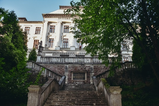 botanical garden and mining academy founded by Maria Theresa
