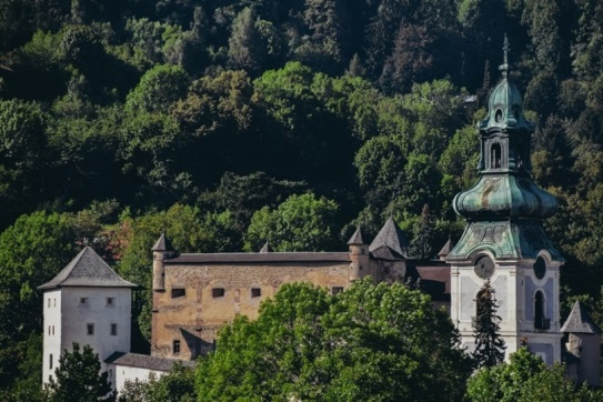 Old castle is another favourite things to see in Banska Stiavnica because it`s the jewel of medieval architerure guarding the town. It also houses a museum.