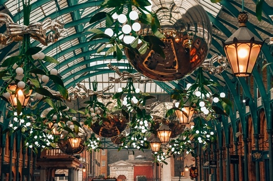 Covent Garden may be one of the most touristy spots in this cosmopolitan city, but it's also one of the most popular places to experience Christmas in London.