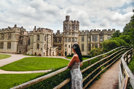 things to do in Warwick: Exploring Warwick Castle is one of the best things to do in Warwick, and it is easy to see why. 950 years old Warwick castle with beautiful gardens and the River Avon which runs nearby is one of the finest castles in the United Kingdom.