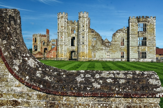 famous castles in England
