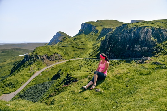 Quiraing Skye: The drive through Quiraing Mountain Pass will show you the spectacular landscape of the Isle of Skye. It is a must-drive for everyone visiting this beautiful island, and, therefore it is one of the best things to do in the Isle of Skye.