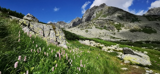 hiking Tatra Mountains in Slovakia - the best hikes you cannot miss when exploring Slovakian Alps
