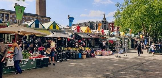 attractions in Norwich: Norwich Market is one of the popular attractions in Norwich because this market is one of the oldest outdoor markets in England. The market has been in this area for more than 900 years. For this reason, visiting Norwich Market is one of the best things to do in Norwich. You can buy here anything from fresh produce selling cheese, spices and also flowers.