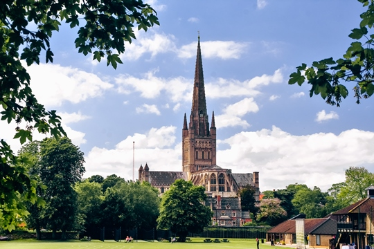 unusual things to do in Norwich: Norwich is one of those cities which has plenty to offer to its visitors. A city of history, architecture and culture has many attractions. Let's explore the best things to do in Norwich and uncover the history of one of the few cities in the world recognised as the UNESCO City of Literature.